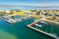 小船鸟瞰图在港口,口岸阿尔伯特 库存照片