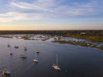 小船鸟瞰图在Beaufort,南卡罗来纳 免版税库存图片