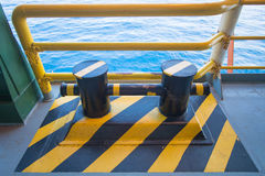小船,船系船柱码头  免版税库存照片