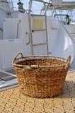 小船洗衣店的柳条筐 库存照片