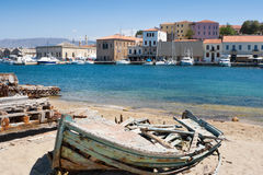 小船chania克利特捕鱼老希腊 免版税库存图片