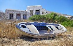 小船folegandros海岛 库存图片