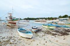 小船Malapascua海岛的,菲律宾着陆点 库存图片