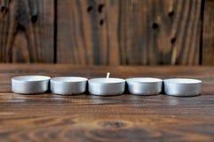 小蜡烛-药片连续站立 图库摄影