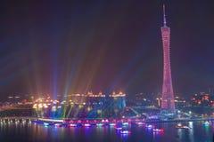 小行政区塔夜视图在广州中国 免版税库存图片