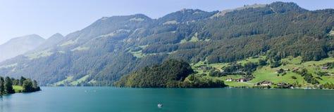 小行政区的上瓦尔登州湖龙疆在瑞士 图库摄影