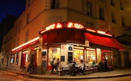 小酒馆咖啡馆是位于蒙马特区的一个传统法国咖啡馆,巴黎,法国 免版税库存图片