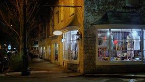 小镇角落事务夜外部建立的射击  影视素材