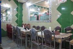 小餐馆在德黑兰 免版税库存图片