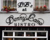 小餐馆的标志在Tralee爱尔兰 库存照片