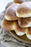 小馅饼用被炖的圆白菜 免版税库存照片