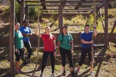 小组一起站立在新兵训练所的适合妇女 免版税库存图片