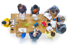 小组不同各种各样职业人见面 免版税库存照片