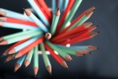 小组五颜六色的锋利的铅笔 库存图片