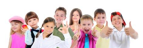 小组儿童摆在 免版税库存照片