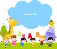 小组动物和孩子 免版税库存图片