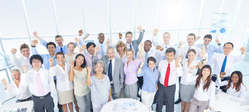 小组商人在办公室 免版税库存照片