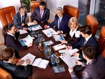小组商人在办公室 库存照片