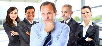 小组商人在办公室 免版税库存图片