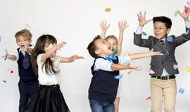 小组孩子党事件欢乐庆祝 库存图片