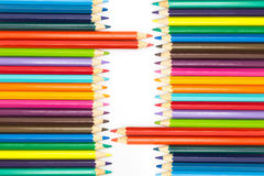 小组彩虹颜色木铅笔白色背景 免版税库存图片
