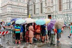 小组游人佛罗伦萨,意大利 免版税库存图片