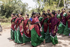 小组的部族女孩 免版税库存图片
