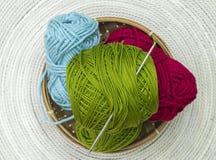 小组羊毛colourfull丝球  免版税库存照片