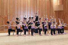 小组舞蹈 库存照片