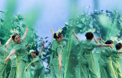 小组舞蹈 免版税库存照片