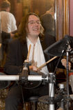 小组鸡尾酒、歌手和音乐家康斯坦丁Kuveyzev的领导 免版税库存图片