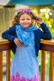 小Fashionista旋转的头发 免版税图库摄影