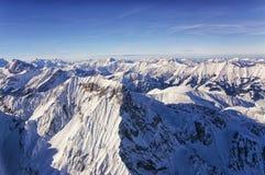 少女峰地区直升机视图在冬天 免版税库存照片