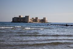 少女` s城堡kizkalesi mersin,土耳其 库存图片