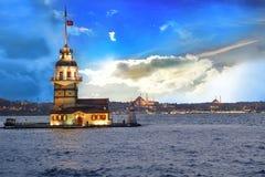 少女` s塔kiz kulesi在伊斯坦布尔 库存图片