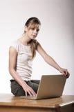 少妇在工作 免版税库存图片