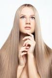 少妇纵向有长的头发的 免版税库存照片