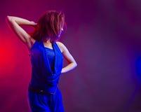 少妇舞蹈演员   免版税图库摄影