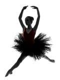 少妇芭蕾舞女演员跳芭蕾舞者跳舞剪影 库存图片