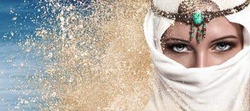 少妇阿拉伯样式时尚神色 免版税库存图片