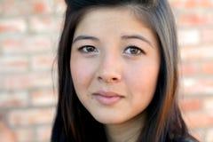少年亚裔美丽的女孩 免版税库存图片