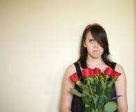 少年恼怒的女孩的纵向 库存照片