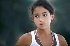 少年美丽的女孩 免版税库存照片