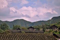 少数族裔在茫茫荒野中暗藏的苗族一个小村庄,湖南,中国 免版税库存照片