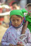 少数族裔孩子在老东范market凝视, 库存照片