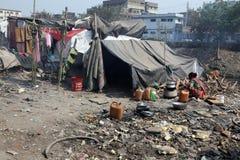 少数民族居住区和贫民窟在加尔各答 免版税库存图片