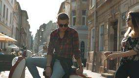 少年加上摩托车 影视素材