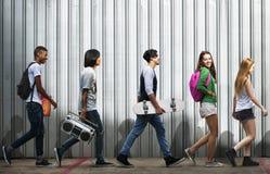 少年生活方式偶然文化青年样式概念 免版税库存图片