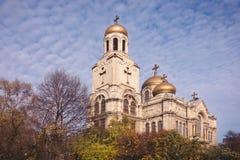 维尔京的做法的正统大教堂在瓦尔纳, Bul 免版税图库摄影