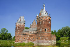 贝尔塞尔城堡废墟  免版税库存图片
